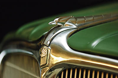 1934 Nash Ambassador 8 Hood Ornament Art Print