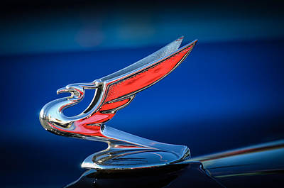 1935 Chevrolet Sedan Photograph - 1935 Chevrolet Sedan Hood Ornament -0124c by Jill Reger