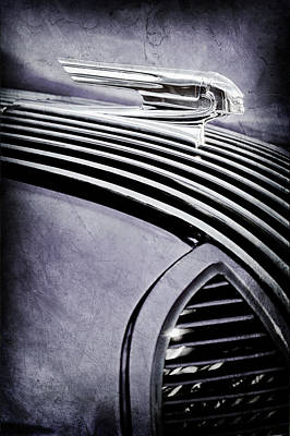 Vintage Pontiac Photograph - 1936 Pontiac Hood Ornament -1140ac by Jill Reger