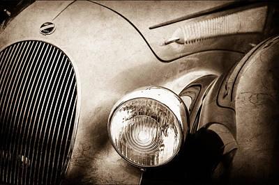 Headlight Photograph - 1938 Talbot-lago 150c Ss Figoni And Falaschi Cabriolet Headlight - Emblem -1554s by Jill Reger