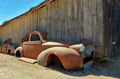 Photograph - 1939 Buick, Beautifully Rusted by Daniel Furon