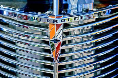 1939 Photograph - 1939 Chevrolet Coupe Grille Emblem by Jill Reger