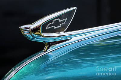 Photograph - 1939 Chevy Hood Ornament by Dennis Hedberg