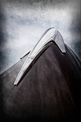 Lincoln Photograph - 1939 Lincoln Zephyr Hood Ornament -0354ac by Jill Reger