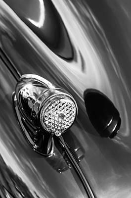 1939 Pontiac Silver Streak Photograph - 1939 Pontiac Silver Streak Chief Tail Light -712bw by Jill Reger