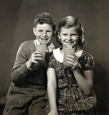 Photograph - 1940 Children Enjoying Orange Juice by Historic Image