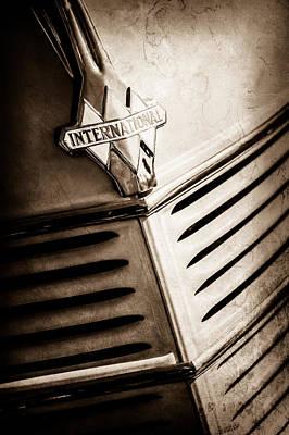 Wagon Photograph - 1940 International D-2 Station Wagon Grille Emblem -0219s by Jill Reger