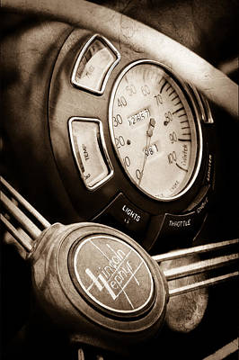 Lincoln Photograph - 1940 Lincoln-zephyr Continental Cabriolet Steering Wheel Emblem -1817s by Jill Reger