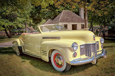 1941 Cadillac Series 62 Convertible Coupe Photograph - 1941 Cadillac Series 62 Convertible Coupe by Susan Rissi Tregoning