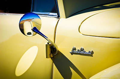 Lincoln Photograph - 1941 Lincoln Continental Cabriolet V12 Emblem -275c by Jill Reger