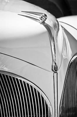 Lincoln Photograph - 1941 Lincoln Continental Cabriolet V12 Grille -245bw by Jill Reger