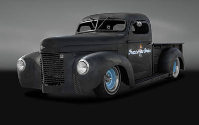 Photograph - 1946 International Pickup Truck  -  1946internationalpickuptrkgray184396 by Frank J Benz