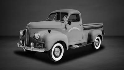 Photograph - 1946 Studebaker M5 Half-ton Pickup  -  46stubw3 by Frank J Benz