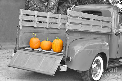 Mixed Media - 1948 Ford Truck With Pumpkins by Barbara Milton