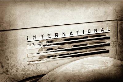 Photograph - 1948 International Emblem -0223s by Jill Reger