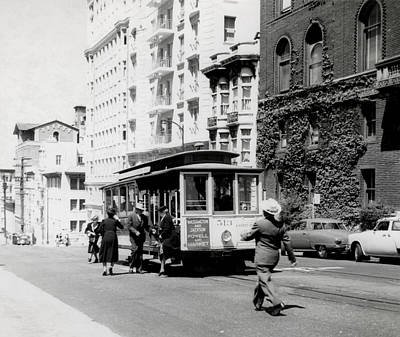 Photograph - 1948 San Francisco Cable Car 513 No2 by Historic Image