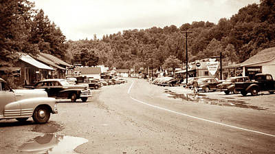 Photograph - 1949 Cherokee North Carolina by Marilyn Hunt