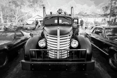 Photograph - 1949 Diamond T Tow Truck Bw C187 by Rich Franco