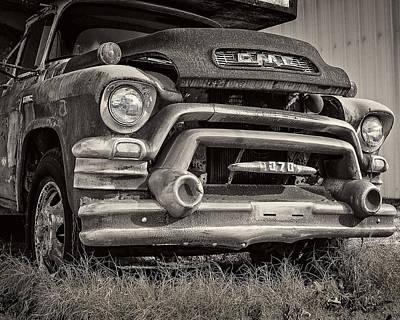 Old Trucks Photograph - 1950s Gmc 370 by Jon Woodhams