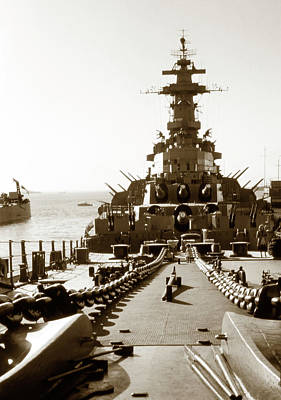 Photograph - 1950s Uss Missouri by Marilyn Hunt