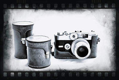Photograph - 1950's Vintage Argus Camera by Tony Grider