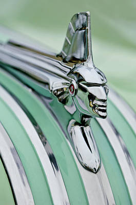 Streamliner Photograph - 1951 Pontiac Streamliner Hood Ornament 3 by Jill Reger