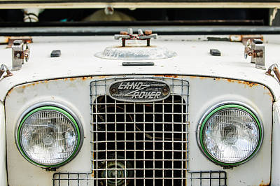 Land Rover Photograph - 1952 Land Rover 80 Grille -0988c1 by Jill Reger