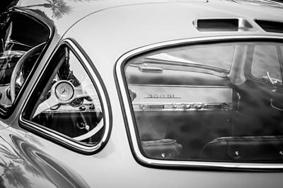 Photograph - 1954 Mercedes-benz 300sl Gullwing Steering Wheel -0142bw by Jill Reger