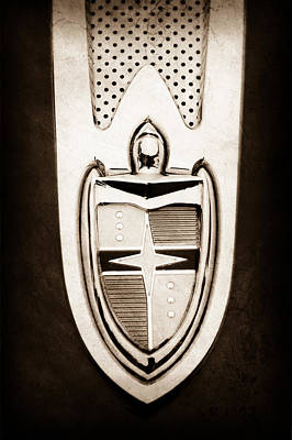 Lincoln Images Photograph - 1955 Lincoln Indianapolis Boano Coupe  Emblem -0283s by Jill Reger