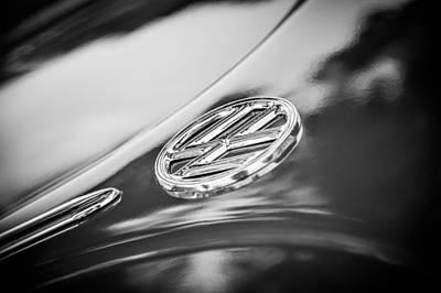 Photograph - 1956 Volkswagen Vw Beetle Emblem -0926bw by Jill Reger
