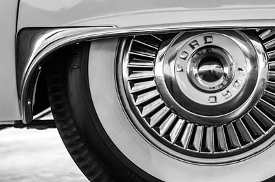 American Cars Photograph - 1957 Ford Thunderbird Wheel -031bw by Jill Reger