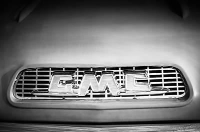 Photograph - 1957 Gmc Pickup Truck Grille Emblem -0329bw1 by Jill Reger