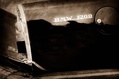 Photograph - 1958 Bmw 3200 Michelotti Vignale Roadster Grille Emblem -2467s by Jill Reger