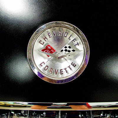 Photograph - 1959 Corvette Emblem 81816 by Rospotte Photography
