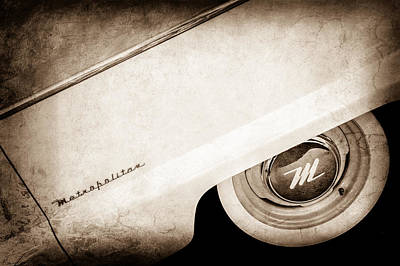 Photograph - 1959 Nash Metropolitan 1500 Convertible Wheel Emblem -0388s by Jill Reger