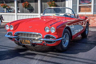 Photograph - 1960 Corvette by Guy Whiteley