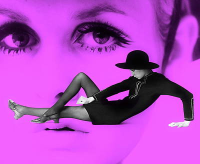 Photograph - 1960's Blast From The Past - Twiggy by Andrea Kollo