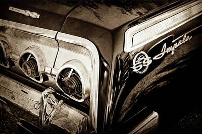 Chevrolet Impala Photograph - 1962 Chevrolet Impala Ss Taillight Emblem -058s by Jill Reger