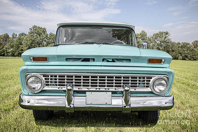 Vintage Chevrolet Truck Photograph - 1963 Chevrolet Suburban by Edward Fielding