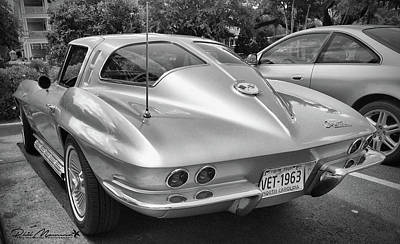 Photograph - 1963 Split Rear Window Coupe by Phil Mancuso