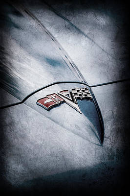 Sting Photograph - 1964 Chevrolet Corvette Sting Ray Gm Styling Coupe Hood Emblem -0111ac by Jill Reger