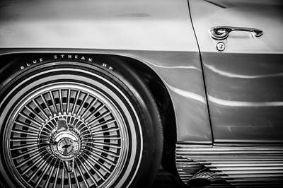Photograph - 1964 Chevrolet Corvette Sting Ray Gm Styling Coupe Wheel -1803bw by Jill Reger