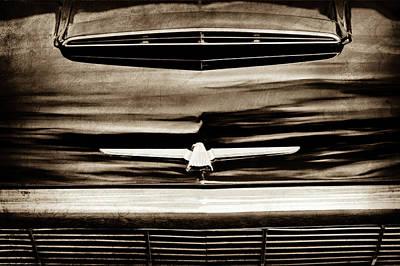 1964 Ford Emblem Photograph - 1964 Ford Thunderbird Emblem -0525s by Jill Reger