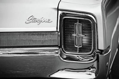 Photograph - 1965 Oldsmobile Starfire Taillight Emblem -0212bw by Jill Reger