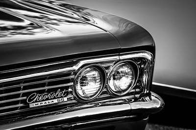 Vintage Chevy Photograph - 1966 Chevrolet Impala Ss Grille Emblem -0978bw by Jill Reger