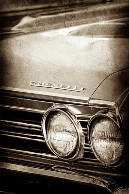 Art Print featuring the photograph 1967 Chevrolet Chevelle Ss Super Sport Emblem -0413s by Jill Reger