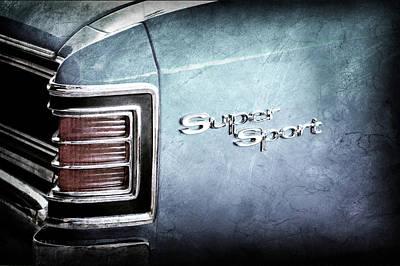 1967 Chevrolet Chevelle Super Sport Taillight Emblem -0035ac Art Print