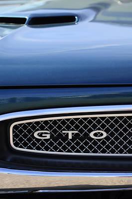 Pontiac Photograph - 1967 Pontiac Gto Grille Emblem by Jill Reger