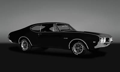 Photograph - 1968 Oldsmobile 442 Hardtop Coupe  -  1968oldsmobile442gry173468 by Frank J Benz
