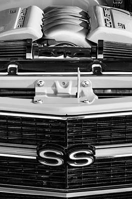 Photograph - 1970 Chevrolet Chevelle Ss Grille Emblem - Engine -0171bw by Jill Reger